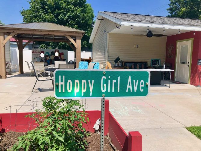 hoppy-girl-ave-front-hoppy-girl-brewing-door-patio-gazebo